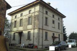 Villa singola con fabbricato rustico
