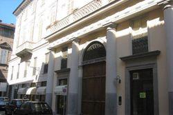 Ufficio con magazzino e garage in palazzo storico - Lotto 8123 (Asta 8123)