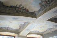 Immagine n2 - Negozio con magazzino e garage in palazzo storico - Asta 8124