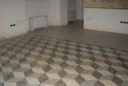 Immagine n3 - Negozio con magazzino e garage in palazzo storico - Asta 8124