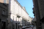 Immagine n7 - Negozio con magazzino e garage in palazzo storico - Asta 8124