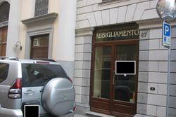 Negozio con magazzini in palazzo storico - Lotto 8125 (Asta 8125)