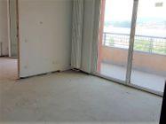 Immagine n0 - Appartamento con due garage (sub 13) - Asta 8135