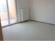 Immagine n3 - Appartamento con due garage (sub 13) - Asta 8135