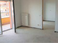 Immagine n0 - Appartamento con due garage (sub 16) - Asta 8138