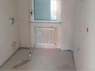 Immagine n3 - Appartamento con due garage (sub 16) - Asta 8138