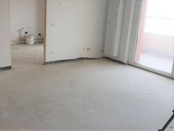 Appartamento con due garage (sub 30)
