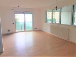 Appartamento con due garage (sub 5)
