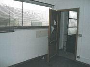 Immagine n2 - Locale magazzino con ufficio - Asta 818
