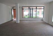 Immagine n0 - Negozio piano terra con cantina e box interrati - Asta 8198