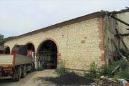 Immagine n6 - Antico casale con abitazioni e pertinenze - Asta 8206