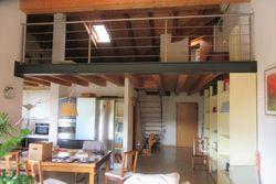 Loft al piano secondo con garage interrato