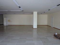 Deposito con uffici in complesso commerciale - Lotto 8233 (Asta 8233)
