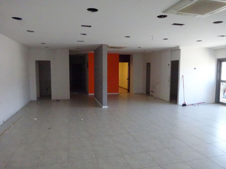 #8238 Laboratorio artigianale in complesso commerciale (sub 21) in vendita - foto 2