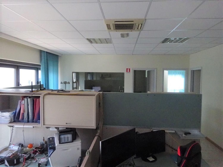 #8239 Laboratorio artigianale in complesso commerciale (sub 22) in vendita - foto 4