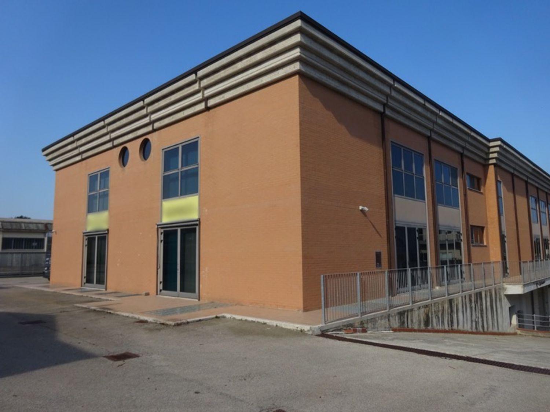 #8239 Laboratorio artigianale in complesso commerciale (sub 22) in vendita - foto 10
