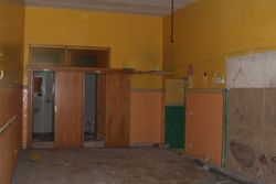 Commercial premises on the ground floor - Lot 8246 (Auction 8246)