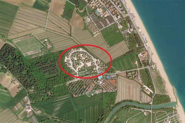 Immagine n1 - Planimetria - Vista aerea - Asta 8318
