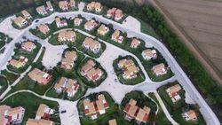 64 unità abitative in complesso turistico