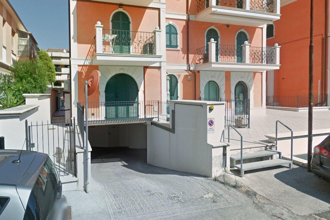 Asta Immobile Parcheggi 8324 lafortezza: Garage al piano ...