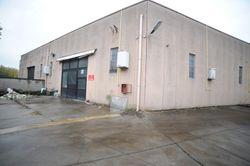 Industrial warehouse of  ,    square meters - Lote 8328 (Subasta 8328)