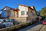 Immagine n2 - Appartamento con terreno - Asta 8335