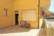 Immagine n0 - Ground floor office in the seaside area - Asta 8425