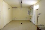 Immagine n1 - Ground floor office in the seaside area - Asta 8425