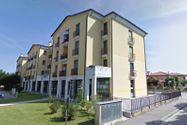 Immagine n0 - Complessi residenziali, negozi e aree edificabili - Asta 8469