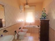 Immagine n8 - Second floor apartment with cellar and garage (sub 21) - Asta 8476
