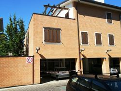 Apartment with cellar and garage. first floor  int.     D  - Lot 855 (Auction 855)