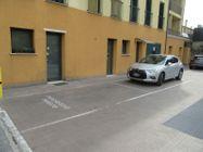 Immagine n7 - Negozio con posti auto (sub 6) - Asta 8557