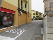 Immagine n3 - Negozio con posti auto (sub 5) - Asta 8558