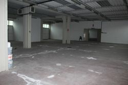 Industrial warehouse of  ,    square meters - Lot 8581 (Auction 8581)