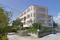 Ten apartments in a seaside resort - Lote 8589 (Subasta 8589)