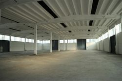 Industrial warehouse with office block of  ,    square meters - Lot 8591 (Auction 8591)