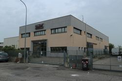 Industrial warehouse of  ,    square meters - Lote 8599 (Subasta 8599)