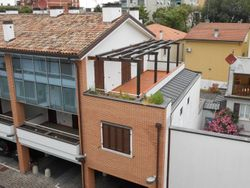 Apartment with cellar and garage. second floor  int.     D  - Lot 860 (Auction 860)