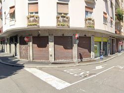 Locale commerciale su due livelli in centro - Lotto 8612 (Asta 8612)