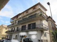 Immagine n7 - Appartamento al terzo piano con terrazzo e lastrico solare - Asta 8622