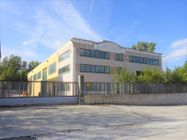 Immagine n0 - Industrial shed with offices and private courtyard - Asta 8663