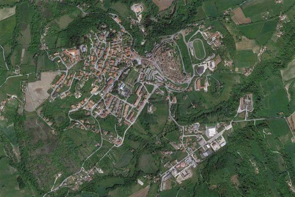 Immagine n0 - Planimetria - Vista aerea - Asta 870