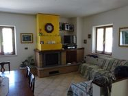 Immagine n1 - Semi-detached house with garage and barn - Asta 874