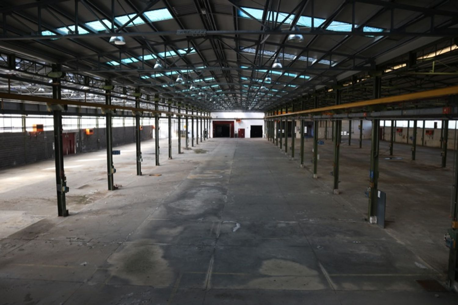 #8770 Complesso industriale