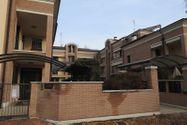 Immagine n2 - Appartamento con soffitta e autorimessa - Asta 8775