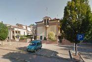 Immagine n4 - Appartamento con soffitta e autorimessa - Asta 8775