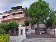 Immagine n0 - Edificio residenziale con laboratori - Asta 878