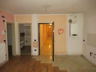 Immagine n0 - Appartamento con garage (sub 45) - Asta 8798
