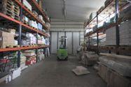Immagine n29 - Capannone espositivo con uffici e magazzino - Asta 880