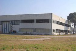 Large industrial building with home and offices - Lot 8808 (Auction 8808)